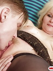 Blonde drunk mom is fucking her young lover