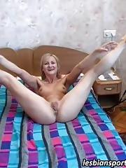 Two nude sporty babes perform exercises