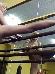 Naked blondie trains up hard at the gym