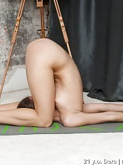 From easy to hard naked yoga positions