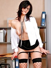 Hot brunette secretary excites with her nudity