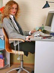 Really bad office girl spreading legs