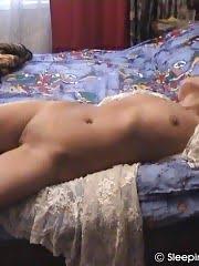 Insidious dude handles a naked mature sleeper