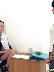 Bossy nurse tests naked girlie's flexibility