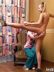 Tall gymnast seduced by a petite lesbian