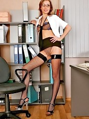 Flirty secretary gets naughty and unclothes