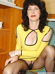 Gorgeous mature lady in sexy black hose