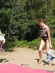 Hot coeds take up nude gymnastics program