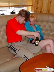 Mature woman: drunk, hot and horny!