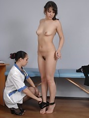 Pussy doctor who likes seducing her patients