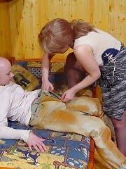 Hot mom seduced her son's friend