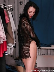 Slim modelòÀÙs changing room gets spy cammed