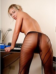 Blonde secretary Emilly showing fashion pantyhose-clad ass