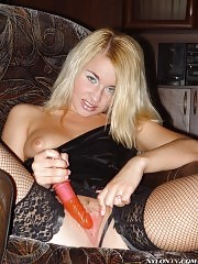 Dildo and stockings are her best friends!