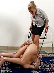 Mature yoga mistress sex-punishes a good trainee