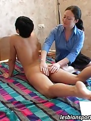 Lesbian coach gives sport pleasure to her trainee