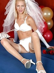 Sexy bride Pretty displays her intimate spots