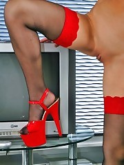 Sweet Mary in FF stockings and red platforms!